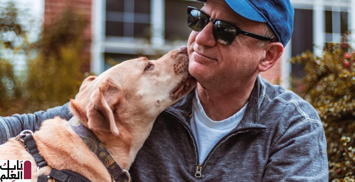 بسبب لعقة كلب رجل يفقد حياته ! 2019