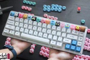 وضع الفنان كيربي الصغير والفطائر وسبونجبوب على لوحة المفاتيح الميكانيكية 2020