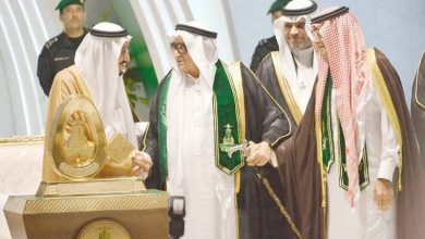 Photo of رحيل رجل الأعمال والإعلام.. صالح كامل