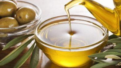 Photo of دراسة : استخدام زيت الزيتون بدلاً من هذه الأطعمة قد يضيف سنوات إلى حياتك!