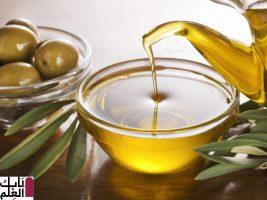 دراسة : استخدام زيت الزيتون بدلاً من هذه الأطعمة قد يضيف سنوات إلى حياتك! 2020