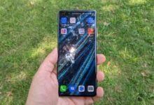 Photo of تلقت Samsung موافقة من حكومة الولايات المتحدة لتزويد Huawei بشاشات العرض 2020