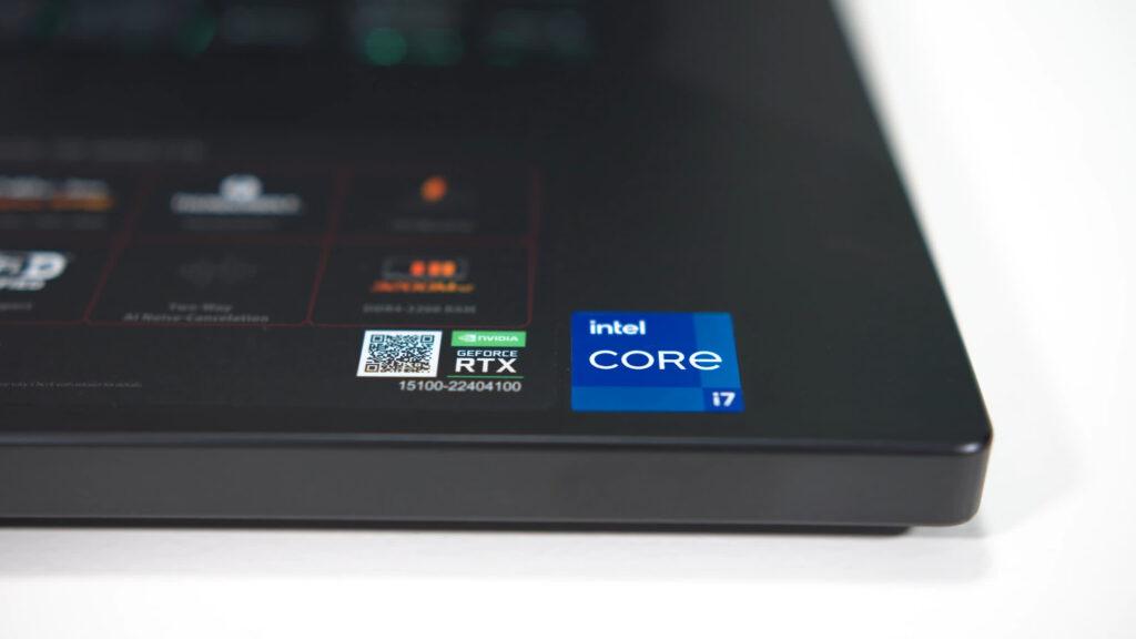 مراجعة Intel Core i7-11370H
