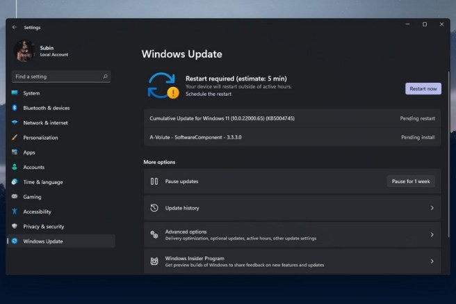 Second Windows 11 Insider Preview Brings Back Refresh Button Adds